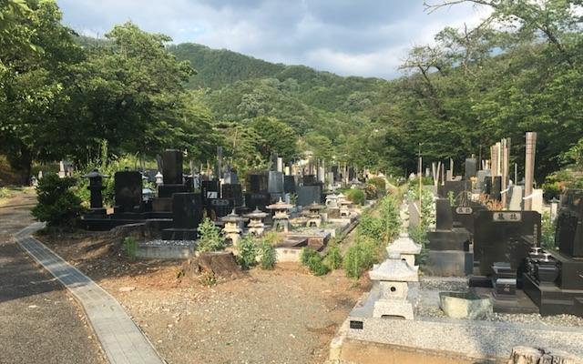 甲府市つつじが崎霊園01