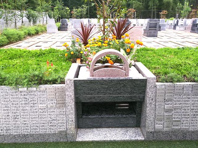 都築まどか霊園樹木葬墓フロール02
