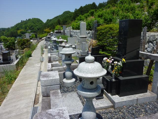 大忠院墓地06