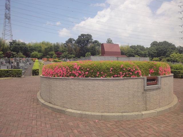 東京多摩霊園−合祀墓