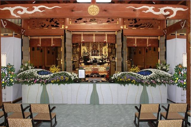 光澤寺納骨堂−基本−法要の様子