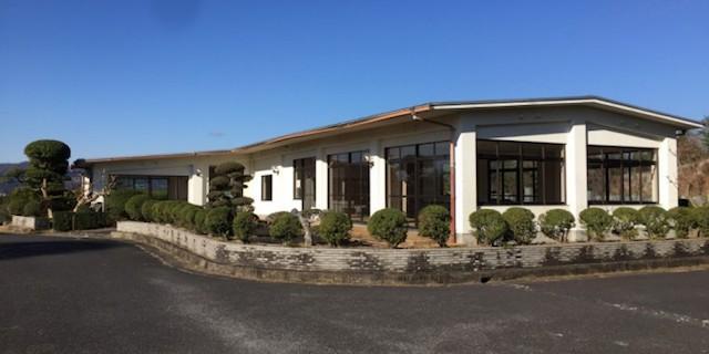 名張市営 東山霊園−管理事務所