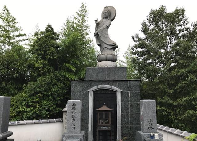 西教寺霊苑01