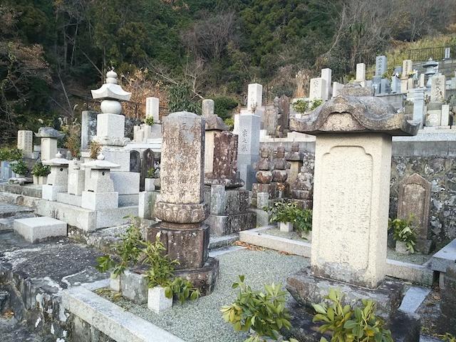徳林寺墓苑05