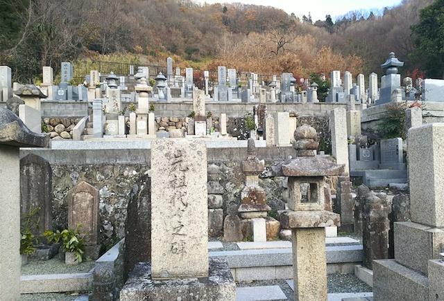 徳林寺墓苑04