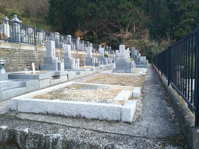 徳林寺墓苑03