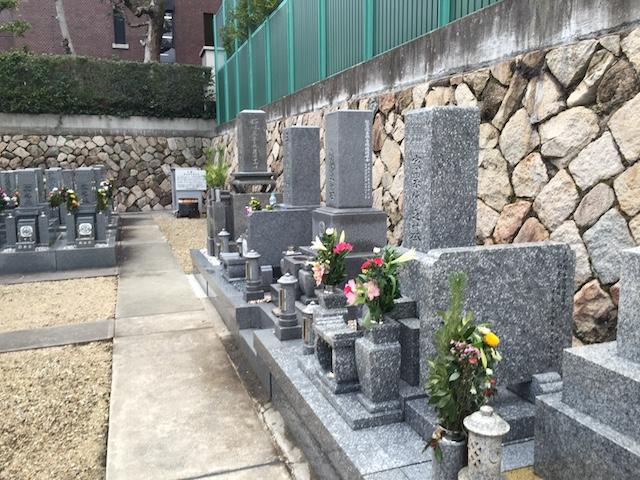 光明寺境内墓地04