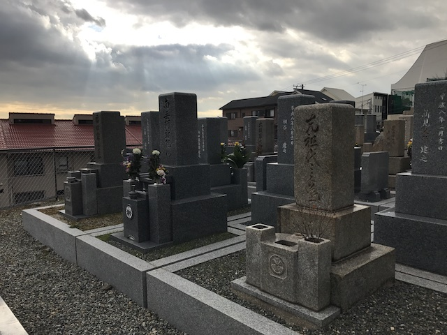 森共同墓地05