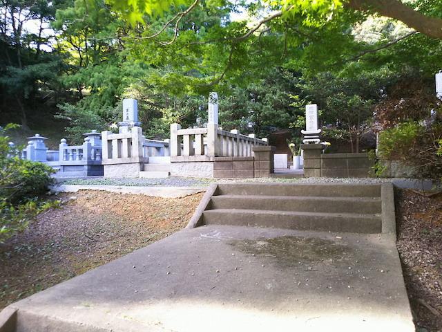 北九州市立 城山霊園3