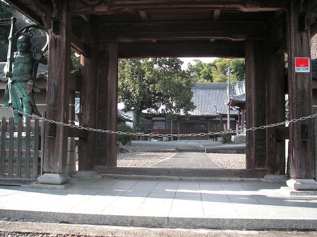 霊岩寺墓苑03