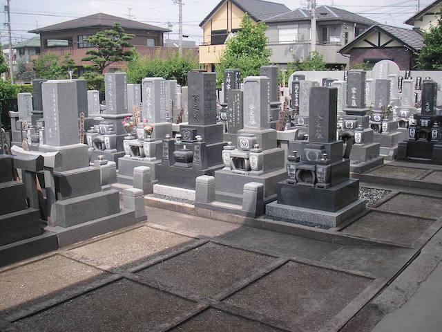 總見院墓地03