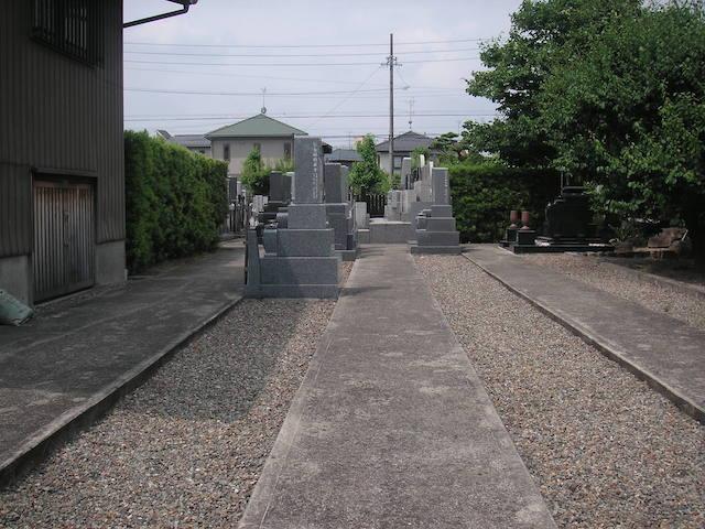 總見院墓地02