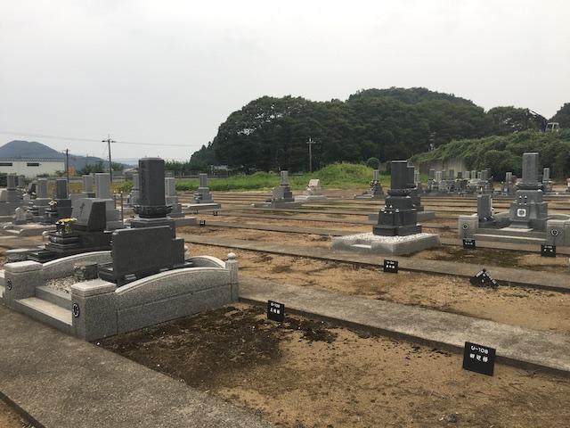 鉾ヶ崎墓地公園 しらゆりの杜03