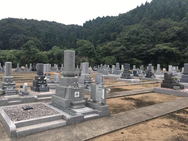 鉾ヶ崎墓地公園 しらゆりの杜06