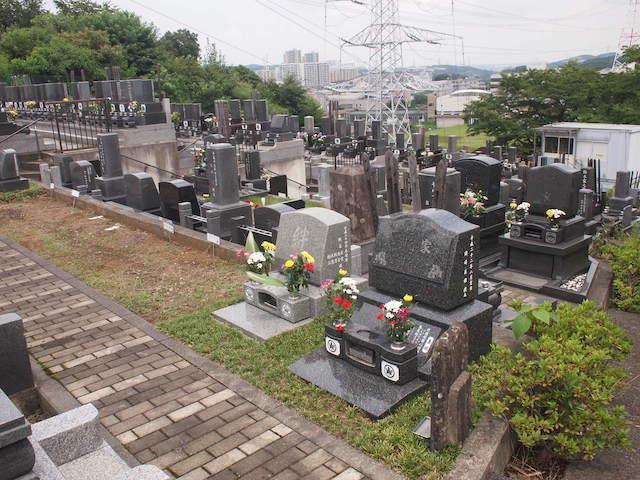 黒川光墓苑04