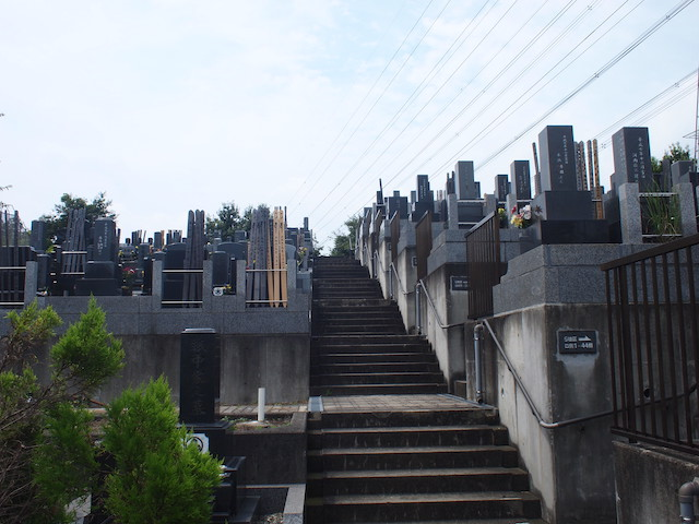 黒川光墓苑02