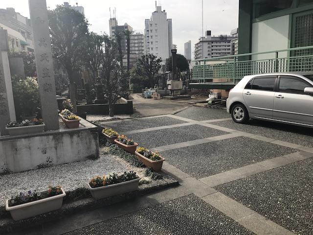 観音寺墓地−境内