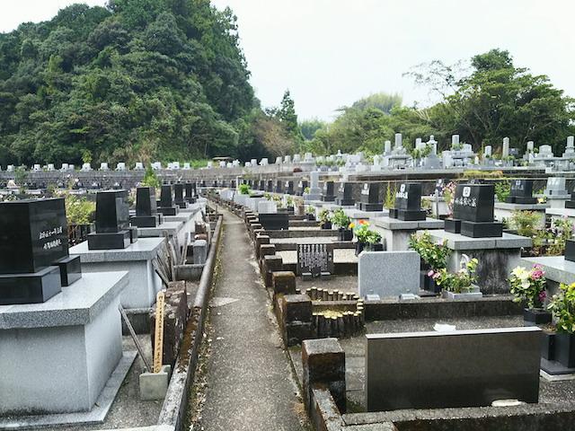 高知市営上秋山墓地2