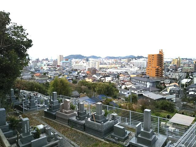 松山市営 山越墓地04