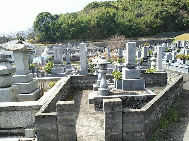 松山市営 客谷墓地05
