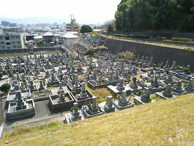 松山市営 客谷墓地01