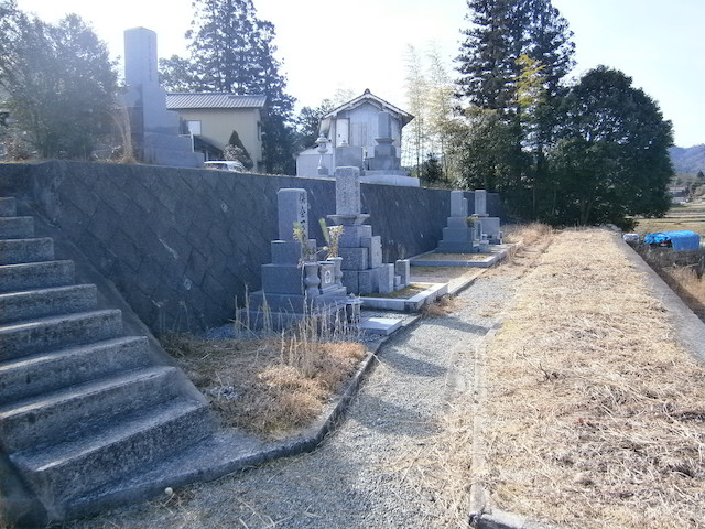 南泉寺墓地02