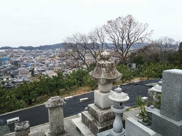 松山市営 谷墓地04