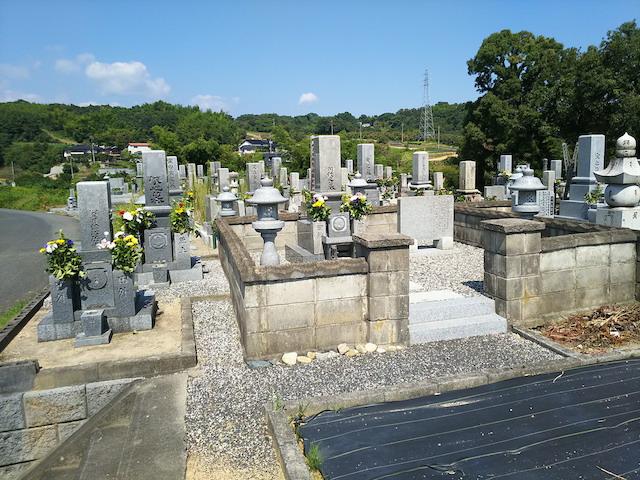 津山市営二宮墓地3