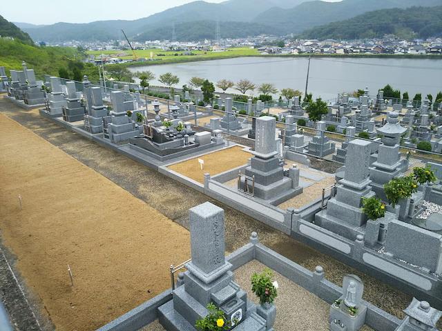 津高レイクサイド墓苑04