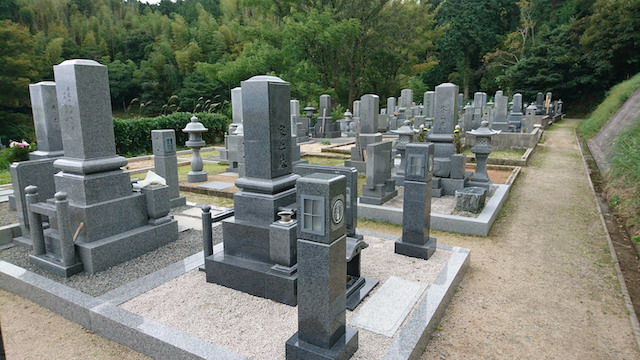 新奥ノ谷墓地2