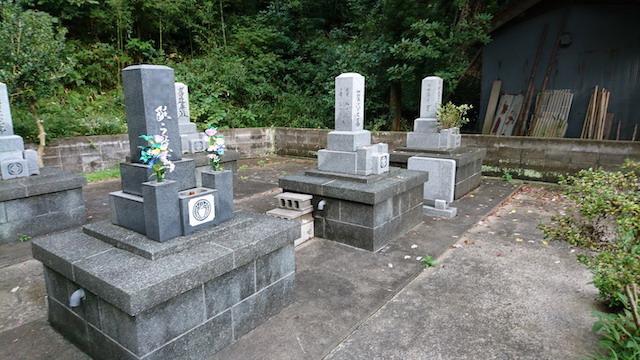 大田市営宮村墓地03