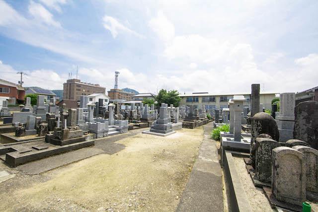 新品治墓地(学成寺)3