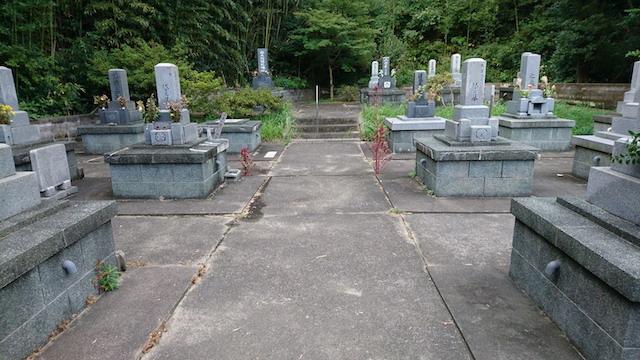 大田市営宮村墓地05