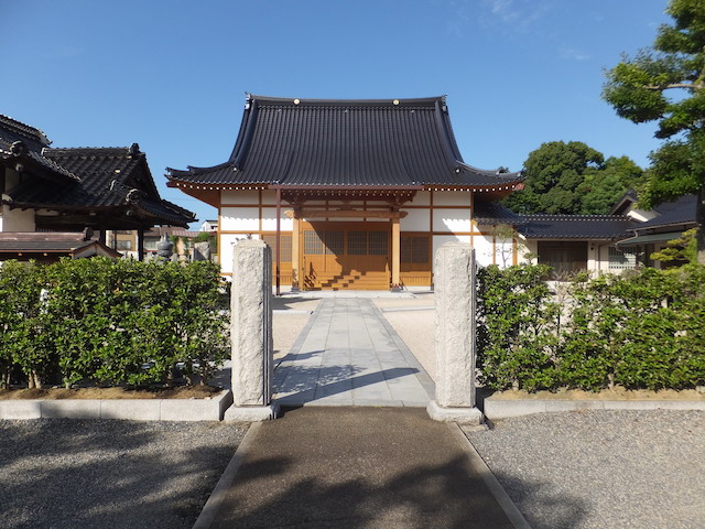 鳥取県凉善寺墓地04