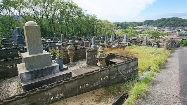 大田市営野浦浜墓地03