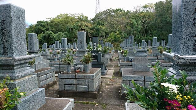 大田市営仁万墓地03