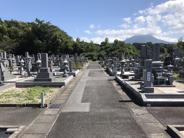 伯耆町町営公園墓地02