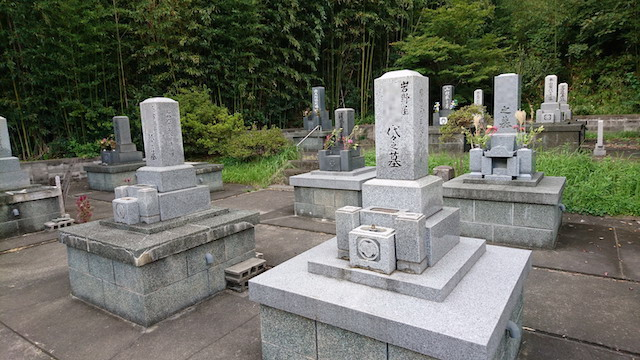 大田市営宮村墓地04