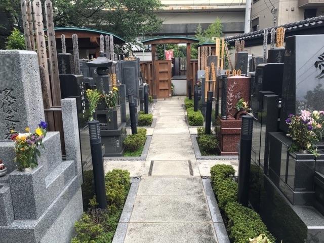 立正寺墓地03