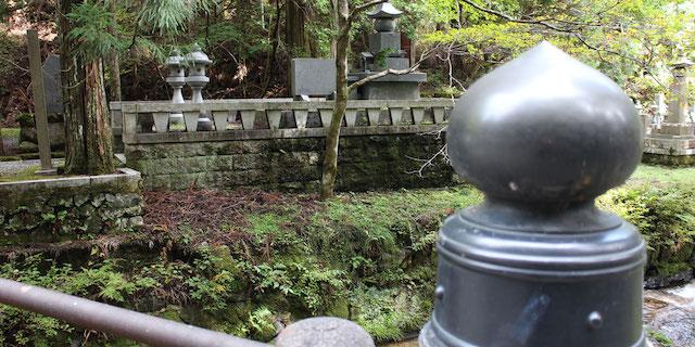 高野山奥の院永代供養・禅定への道03