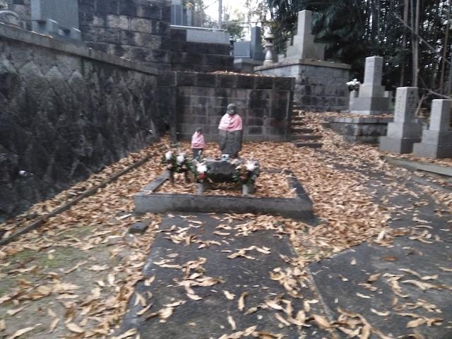 瓦口墓地_10